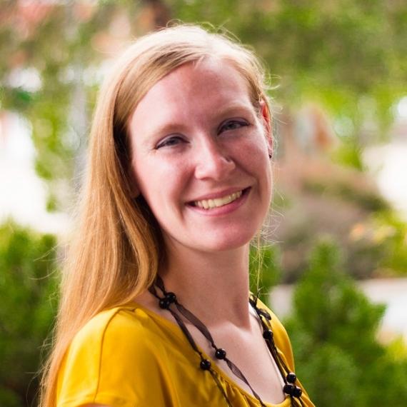 Lauren Glett
